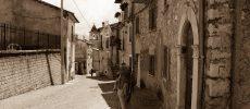 I cammini che sostengono tradizioni e attività dell'Italia minore