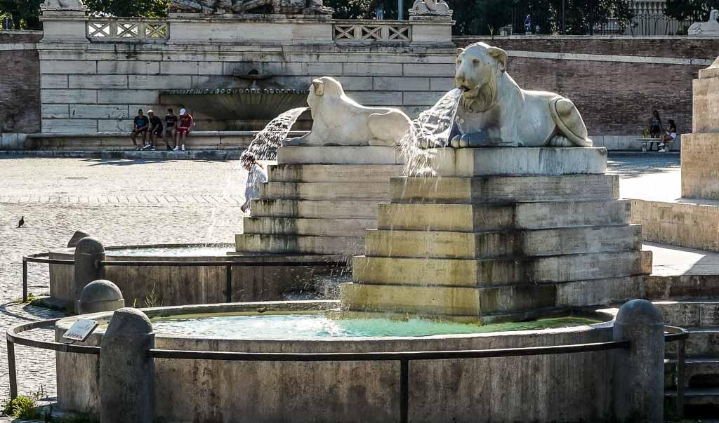 roma-piazza-del-popolo-fontana