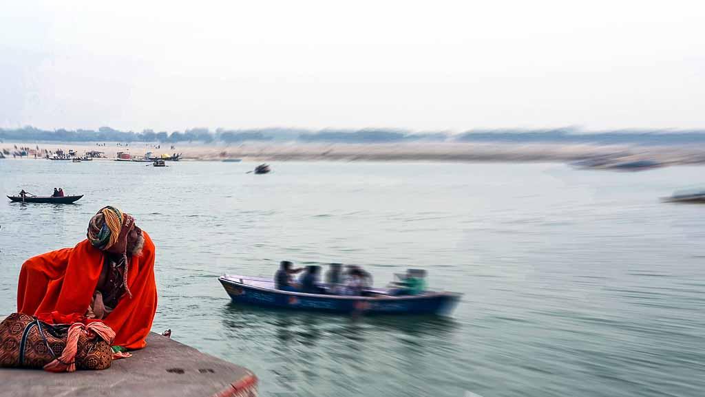 India-Varanasi-ghat
