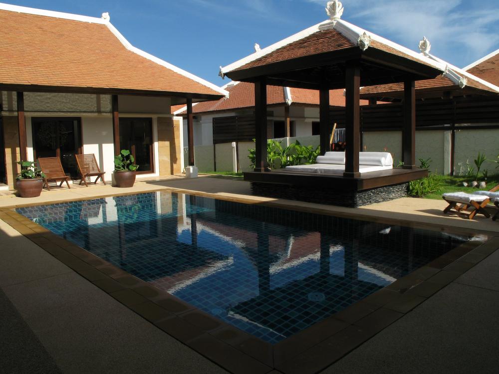 Phuket come affittare una villa da sogno for Come costruire una villa