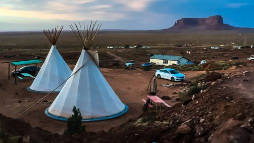 Usa on the road: la Monument Valley in una Tipi indiana