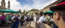 In piazza a Bolzano per festeggiare i prodotti agricoli