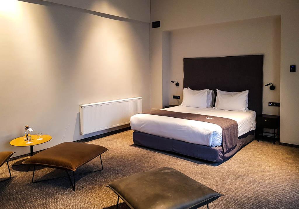 ARTAGONIST Art Hotel suite