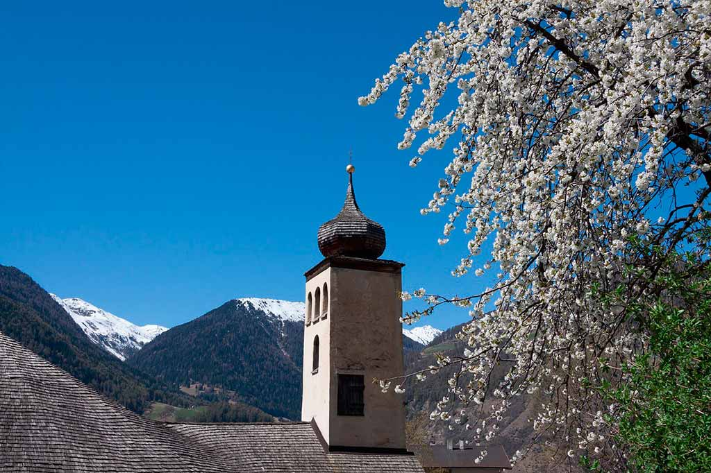 Abbazia-Monte-Maria-Malles-Val-Venosta