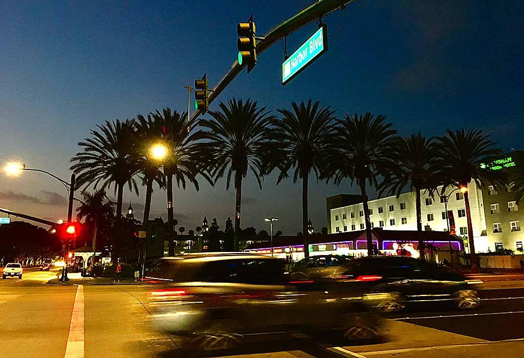 Anaheim-harbour-road
