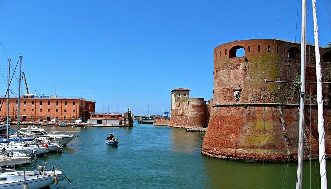 Livorno una porta accogliente sul mare latitudes - Coop porta a mare livorno ...