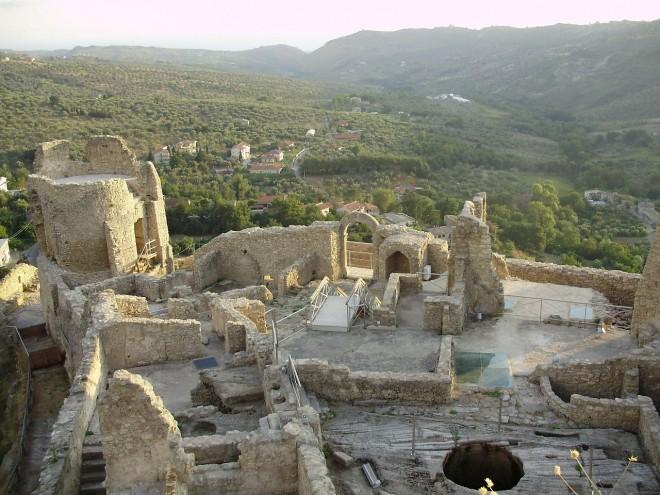 Il Castello di Cleto in Calabria