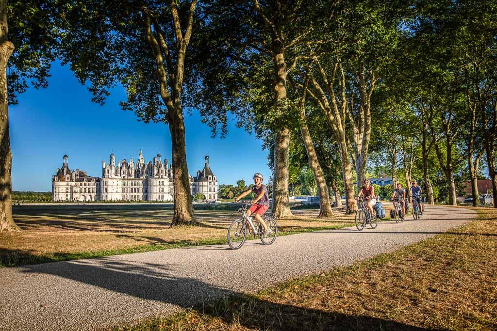 francia-loira-in-bici-castello-di-chambord