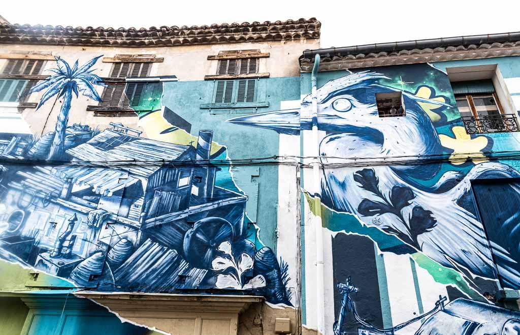 nimes-francia-murales-centro-storico