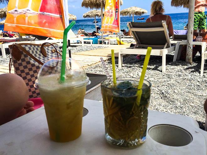 spiagge-di-Santorini-kamari