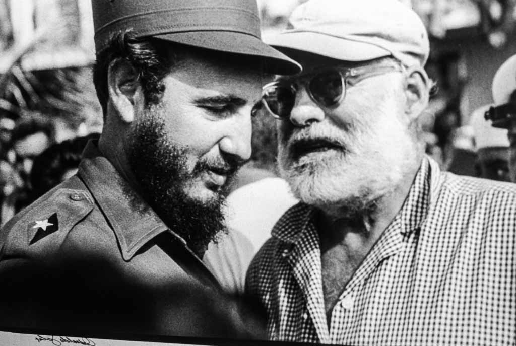 Ernest-Hemingway-fidel-castro