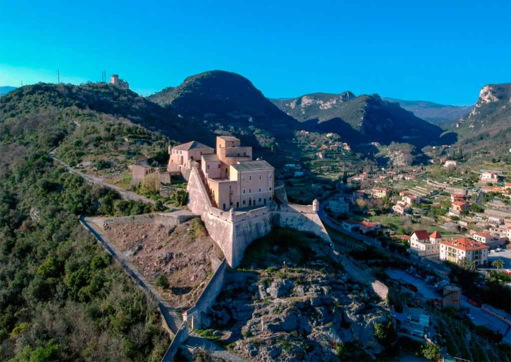 Forte San Giovanni-finale-ligure