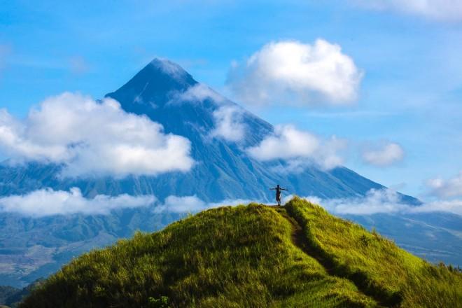 Il vulcano Mayon delle Filippine
