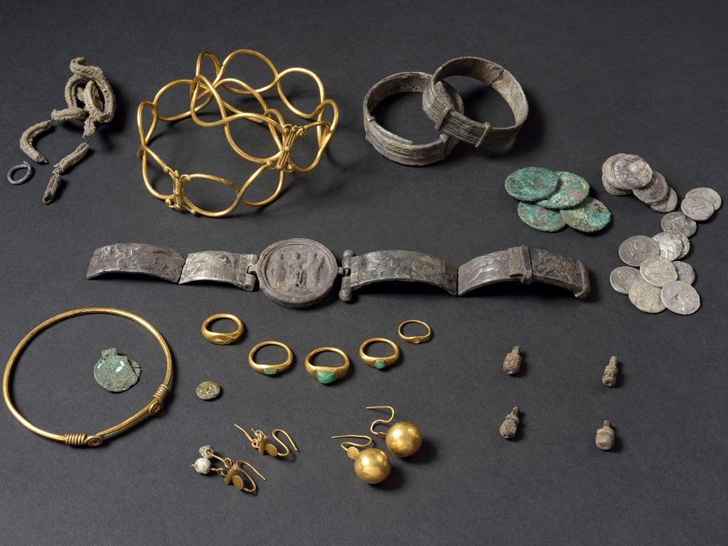 Fenwick Treasure british museum nerone  campagna in britannia