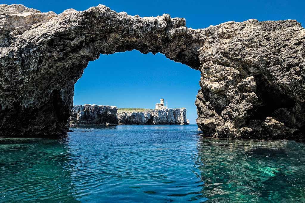 isole-Tremiti-Isola-di-Caprara-puglia