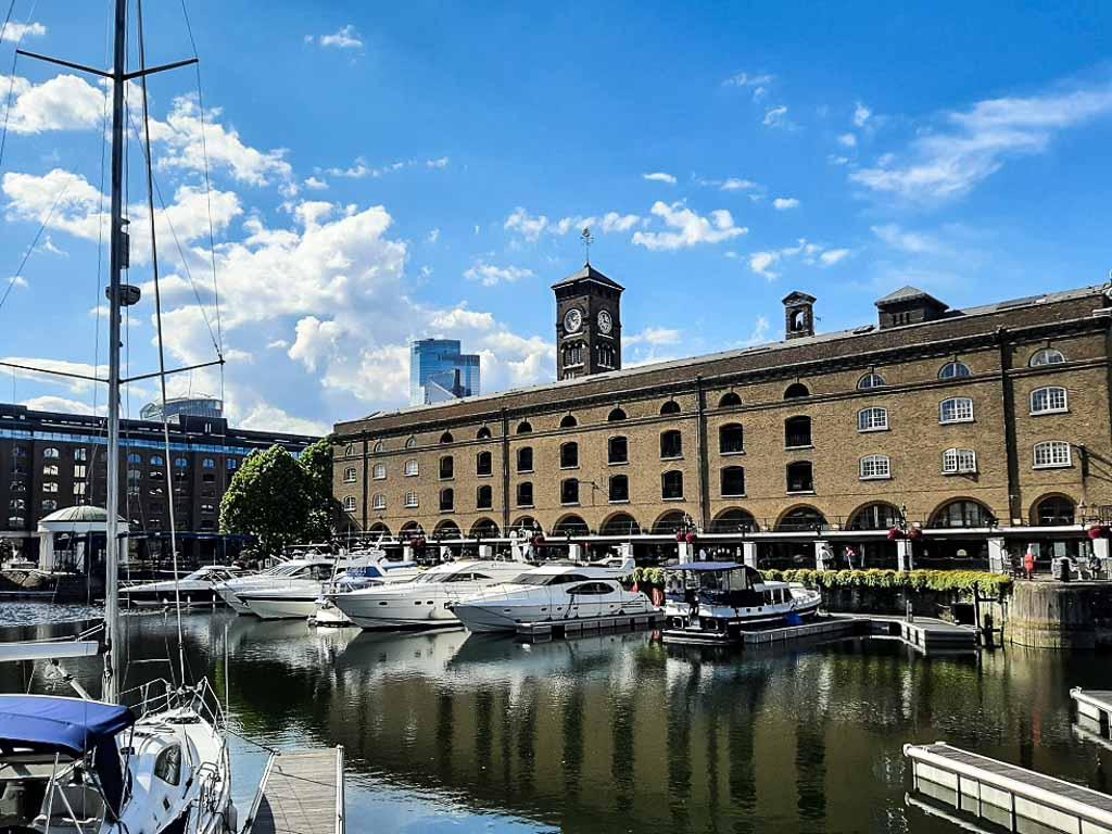 Londra-Docklands-St-Katherine-house