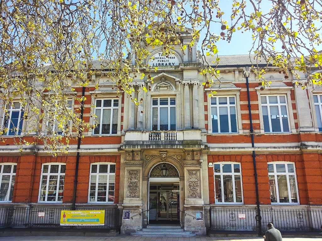 Londra-Tate-Library- Brixton