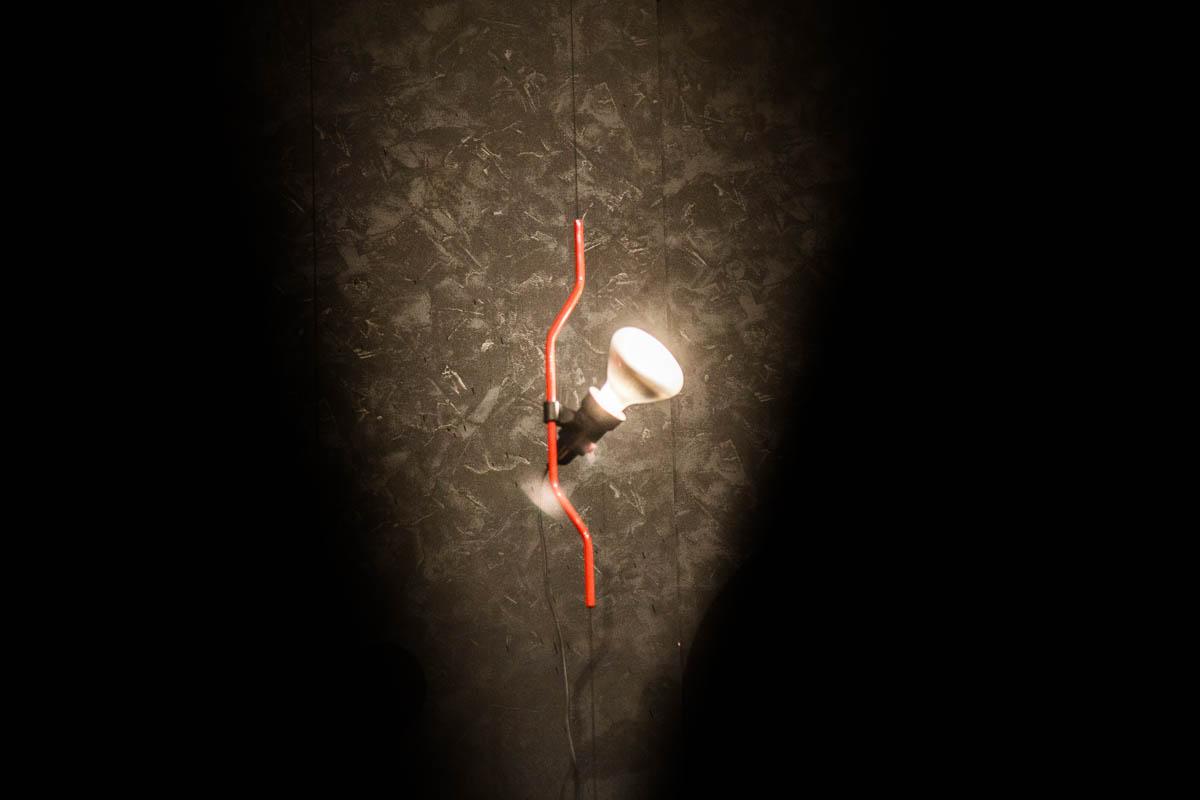 Achille castiglioni pio manzu lampada da soffitto parentesi flos