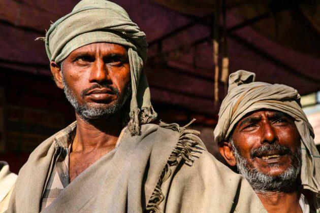 India-lavoratori-al-mercato