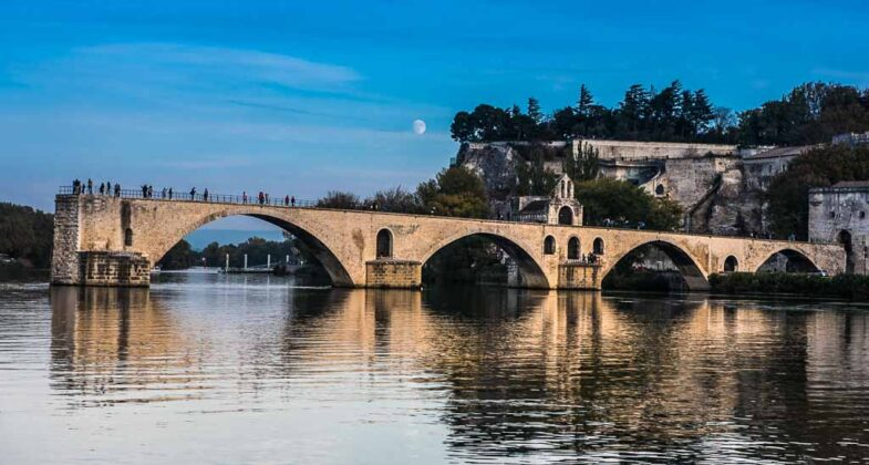 avignone-francia-ponte-benezet