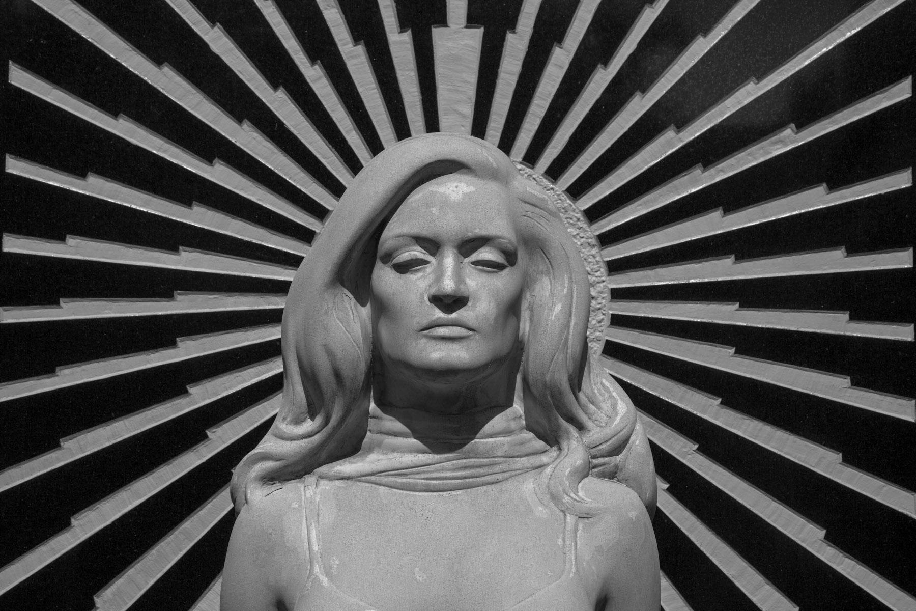 La tomba di Dalida al cimitero Pere Lachaise a Parigi