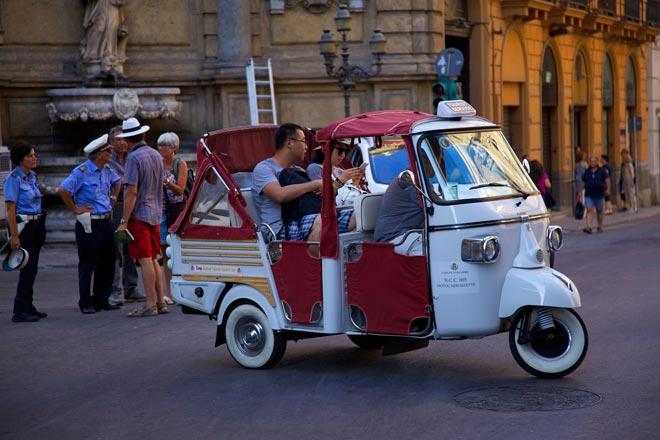 Lapa a Palermo  (© Foto di Walter Leonardi)