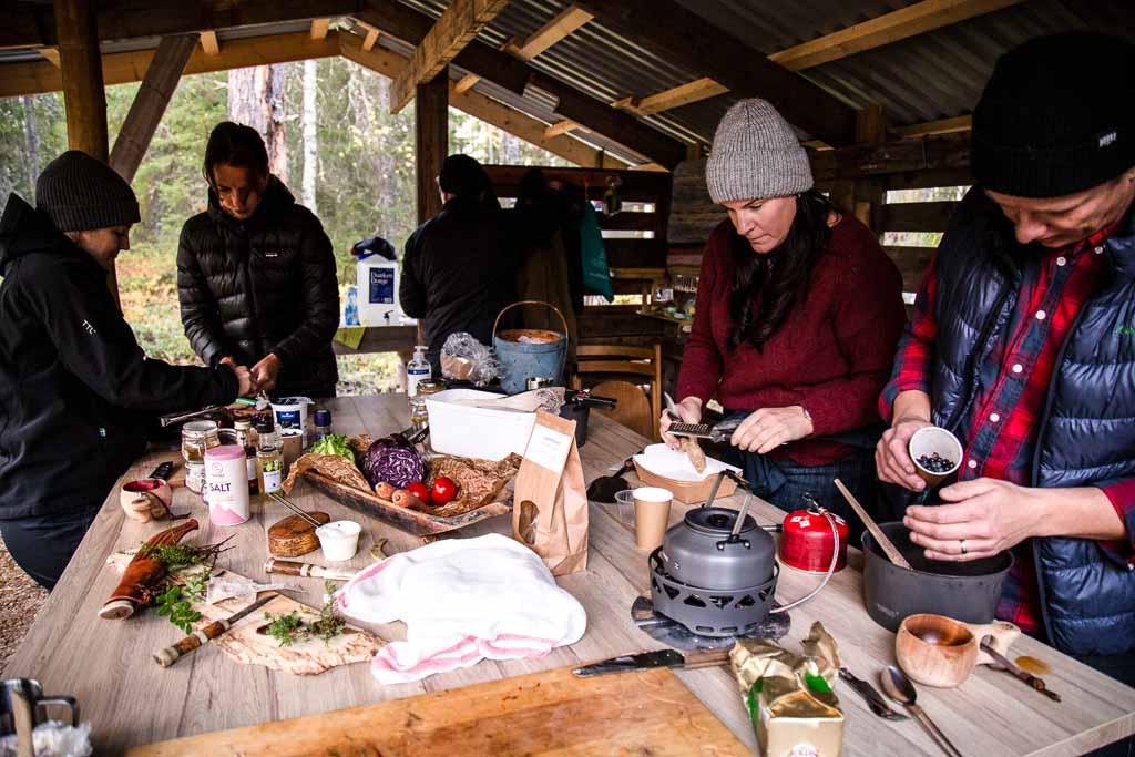 lapponia-svedese-pranzo-all-aperto