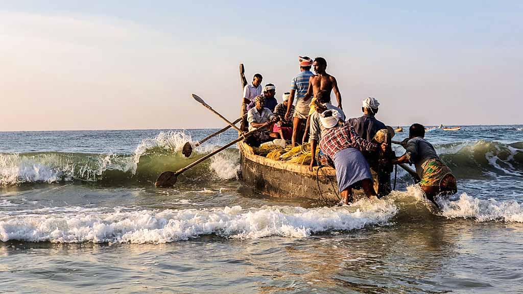 India-kerala-kovalam-pescatori