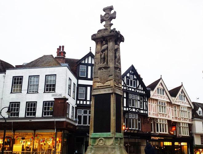 Piazza-Canterbury