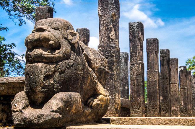 Asia Sri Lanka Polonnaruwa I resti del Vadatage The remains of the Vadatage, Polonnaruwa , Sri Lanka, Asia