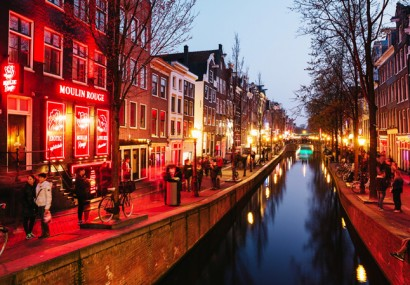 Tour per i quartieri a luci rosse del mondo