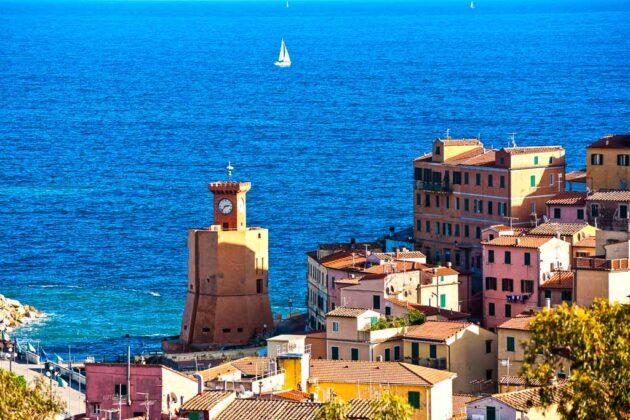 Veduta di Rio Marina, Isola d'Elba,