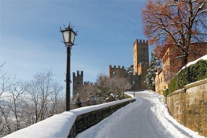 La Rocca di Castell'Arquato sotto la neve