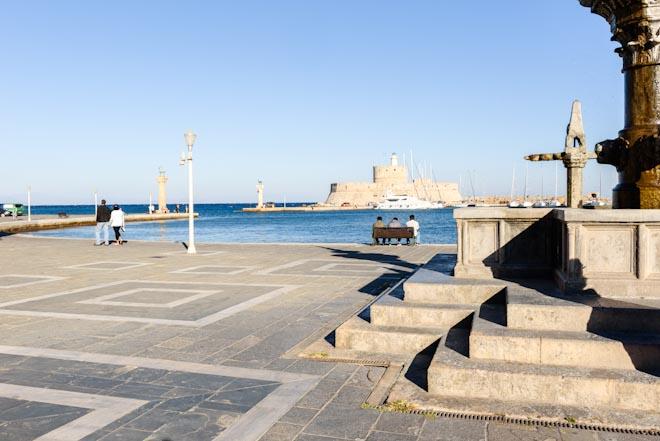 Grecia- Rodi-Entrata del porto vecchio- Faro di S.Nicola