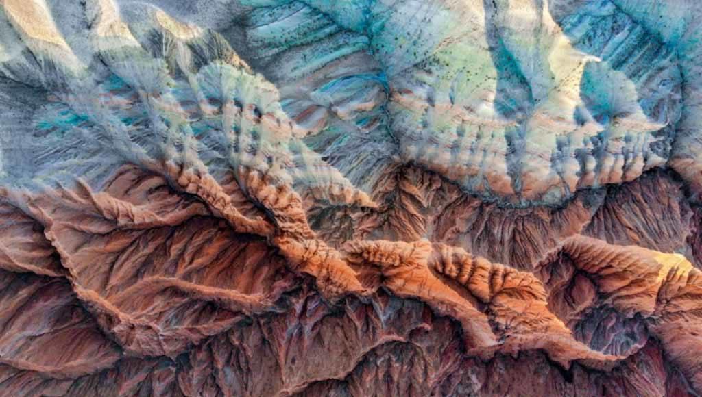 "Ming Li, ""Colourful mountain"""