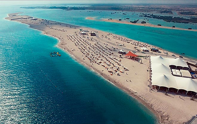 siri-bani-yas-beach-abu-dhabi