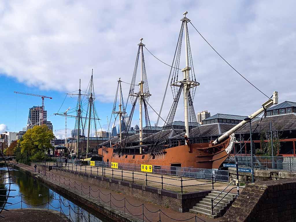 Tobacco-Dock-Londra