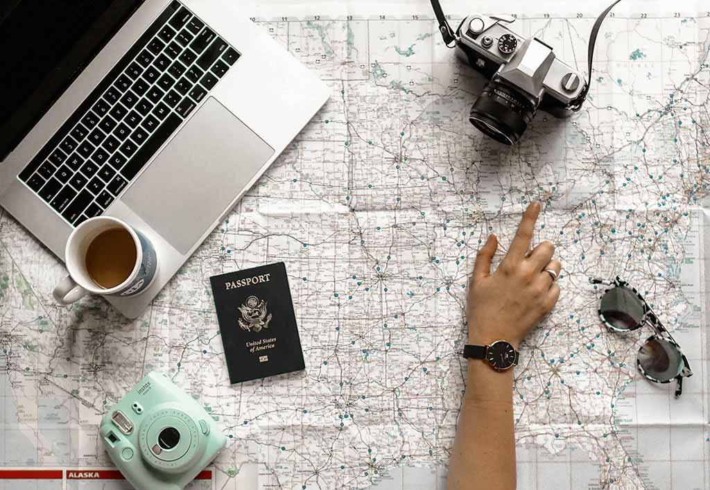 Turismo-digitale-il-visore-è-il-nuovo-passaporto