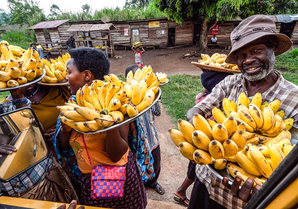 Africa-Uganda-kibale-forest-villaggio