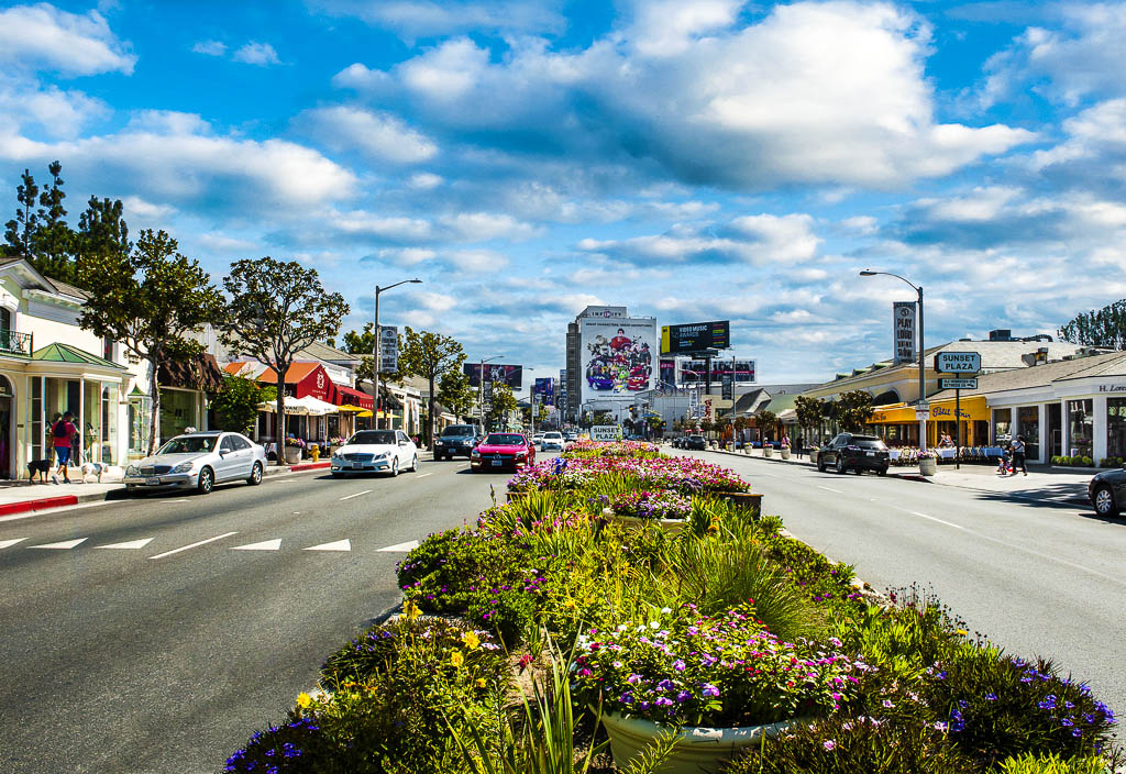 West_Hollywood_Sunset-Plaza