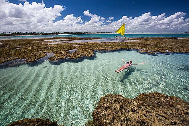 Le piscine naturali lungo la spiaggia di Porto de Galinhas