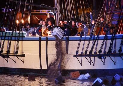 Il 16 dicembre prende il via il Boston Tea Party