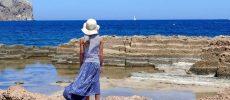Incontrarsi sotto l'ombrellone: 8 spiagge per single in Italia
