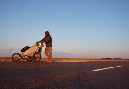 A passo d'uomo: il giro del mondo a piedi di Mattia Miraglio