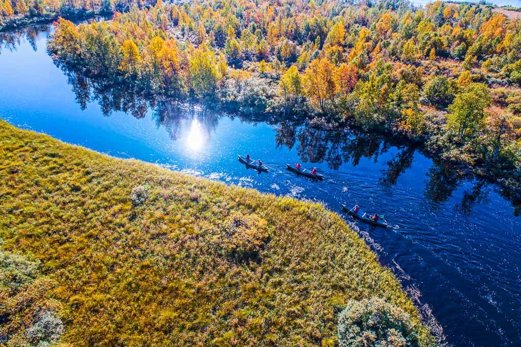 lapponia-svezia-escursione-in-canoa
