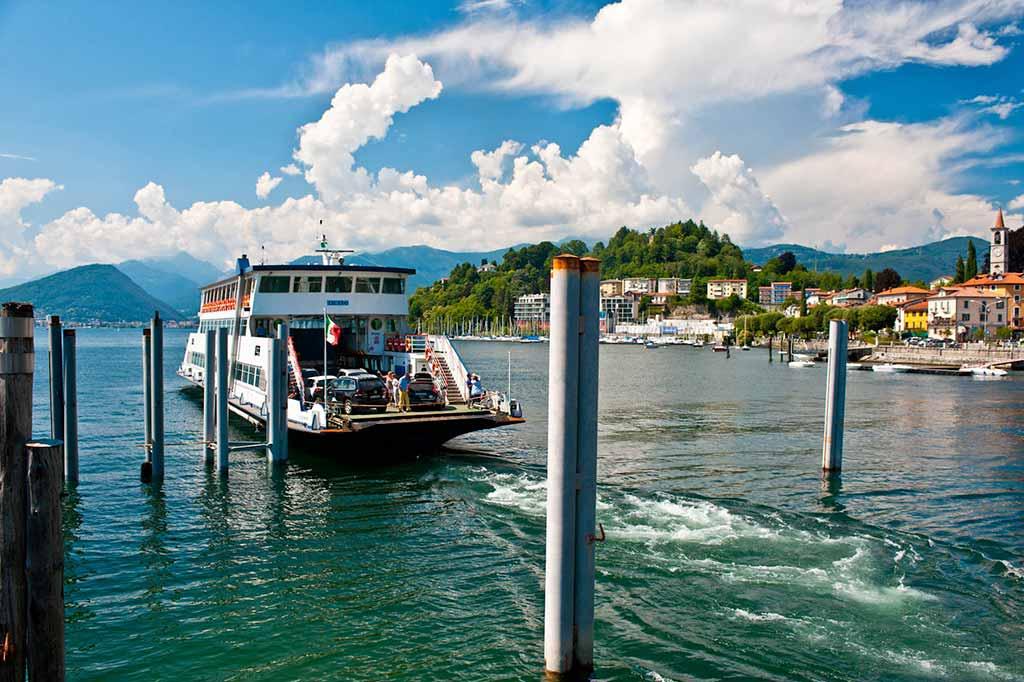 laveno-lago-maggiore-traghetto