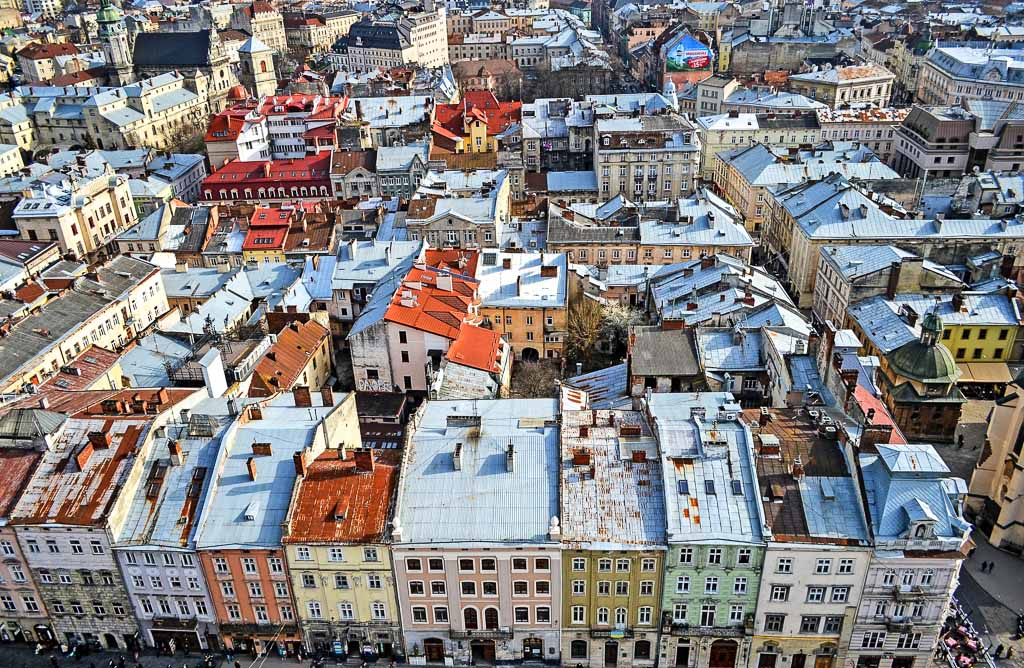 leopoli-lviv-tetti-della-città-ucraina