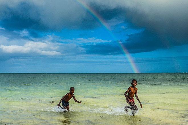 Arcobaleno sulla spiaggia di Malindi ©Marco Carulli