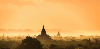 birmania-pagoda-tramonto