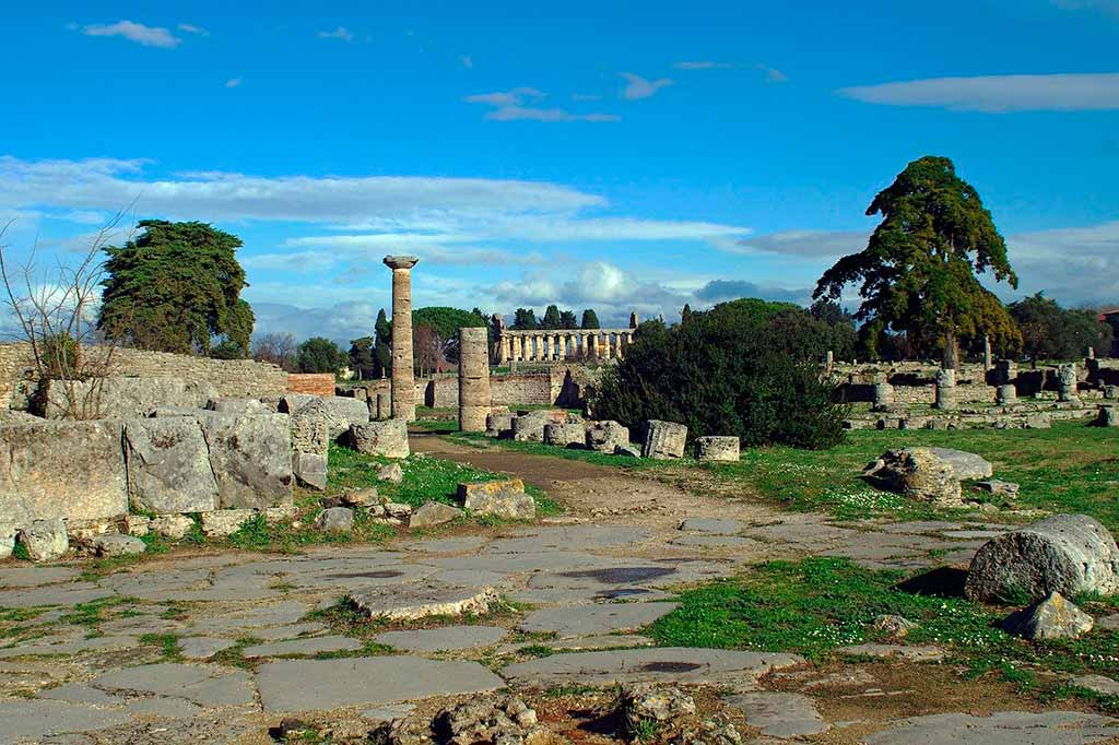 paestum-strada-romana